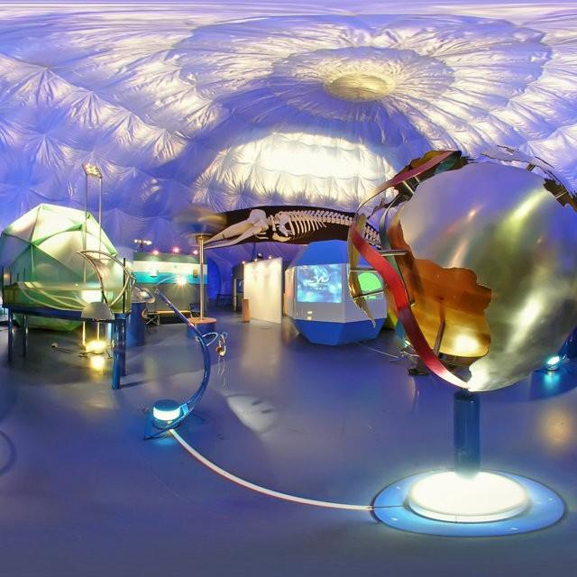 Ausstellung über das Meer